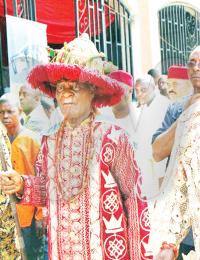 Igwe Kenneth Onyeneke Orizu at Ofala festival